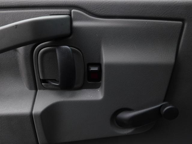 2019 GMC Savana 3500 4x2, Unicell Aerocell CW Cutaway Van #G192703 - photo 11