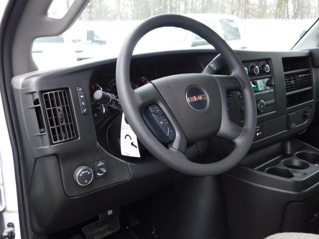 2019 GMC Savana 3500 4x2, Unicell Aerocell CW Cutaway Van #G192703 - photo 7