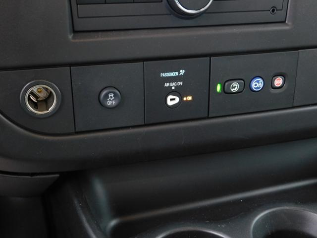 2019 GMC Savana 3500 4x2, Unicell Aerocell CW Cutaway Van #G192703 - photo 9