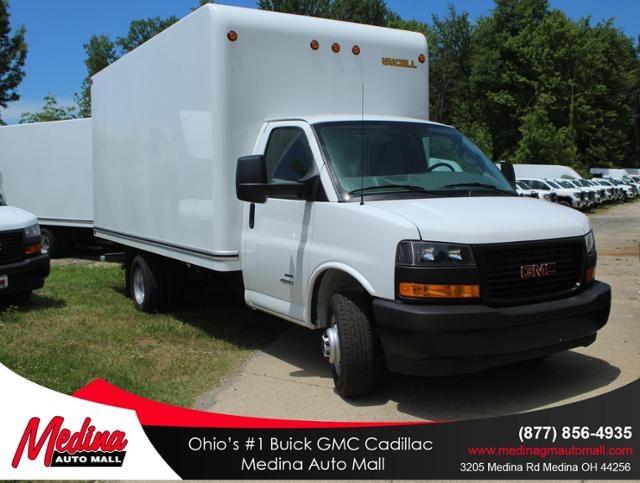 2020 GMC Savana 4500 4x2, Unicell Cutaway Van #G201664 - photo 1