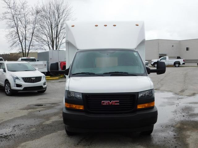2020 GMC Savana 4500 DRW 4x2, Unicell Aerocell Cutaway Van #G203048 - photo 4