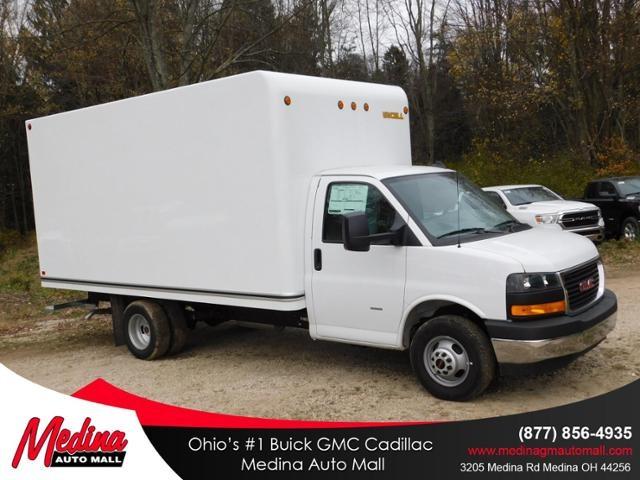 2020 GMC Savana 3500 4x2, Unicell Cutaway Van #G203055 - photo 1