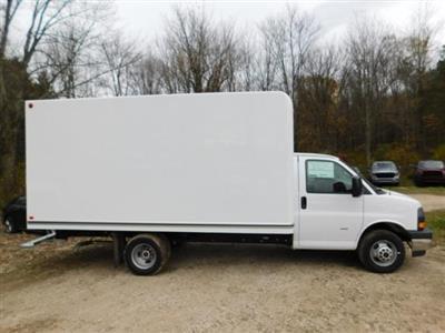 2020 GMC Savana 3500 4x2, Unicell Classicube Cutaway Van #G203055 - photo 3