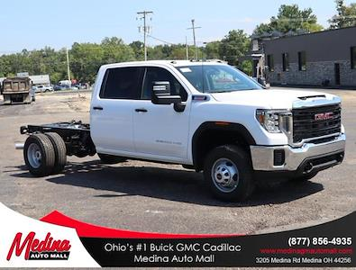 2022 Sierra 3500 Crew Cab 4x4,  Cab Chassis #G220047 - photo 1