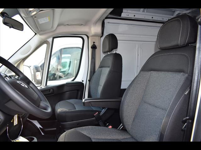 2018 ProMaster 2500 High Roof FWD,  Empty Cargo Van #JE148967 - photo 9