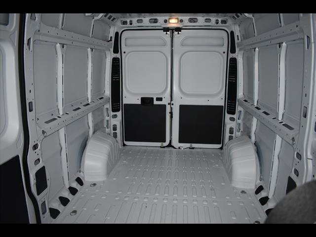 2018 ProMaster 2500 High Roof FWD,  Empty Cargo Van #JE149766 - photo 2
