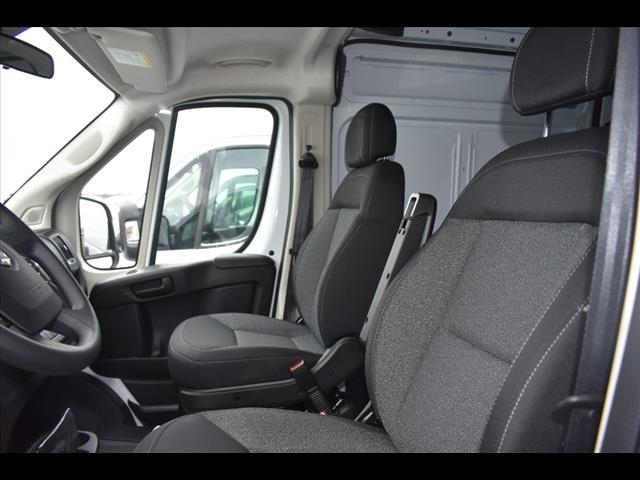 2018 ProMaster 2500 High Roof FWD,  Empty Cargo Van #JE151796 - photo 9