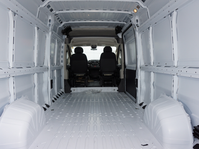 2018 ProMaster 2500 High Roof FWD,  Empty Cargo Van #JE152861 - photo 2
