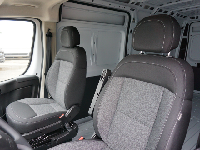 2018 ProMaster 2500 High Roof FWD,  Empty Cargo Van #JE153530 - photo 10