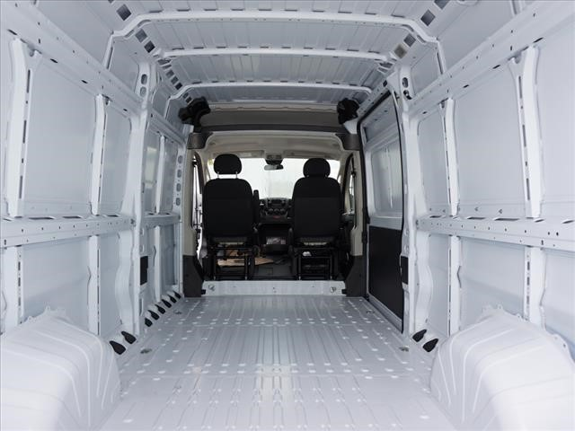 2018 ProMaster 2500 High Roof FWD,  Empty Cargo Van #JE156948 - photo 2