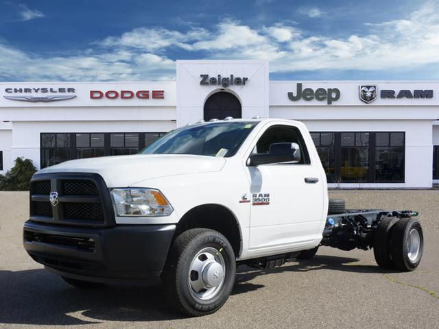 2018 Ram 3500 Regular Cab DRW 4x2,  Cab Chassis #JG300300 - photo 1