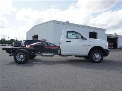2018 Ram 3500 Regular Cab DRW 4x2,  Cab Chassis #JG300300 - photo 3