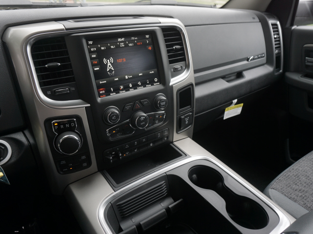 2018 Ram 1500 Crew Cab 4x4,  Pickup #JS148137 - photo 10