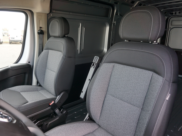 2019 ProMaster 3500 High Roof FWD,  Empty Cargo Van #KE500561 - photo 10