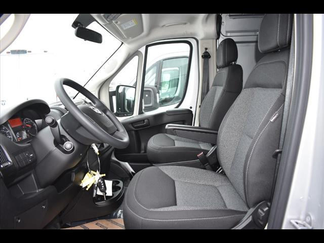 2019 ProMaster 3500 High Roof FWD,  Empty Cargo Van #KE500562 - photo 5