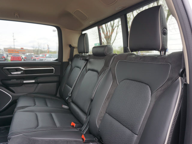 2019 Ram 1500 Crew Cab 4x4,  Pickup #KN504596 - photo 3
