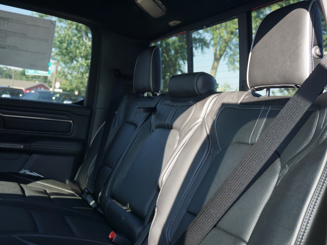 2019 Ram 1500 Crew Cab 4x4,  Pickup #KN550338 - photo 3