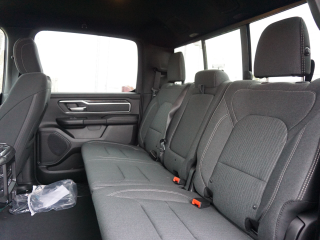 2019 Ram 1500 Crew Cab 4x4,  Pickup #KN657588 - photo 10