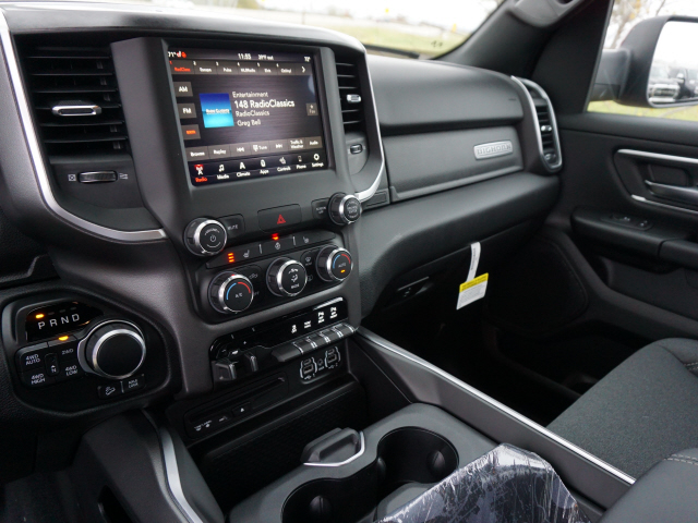 2019 Ram 1500 Crew Cab 4x4,  Pickup #KN657588 - photo 8