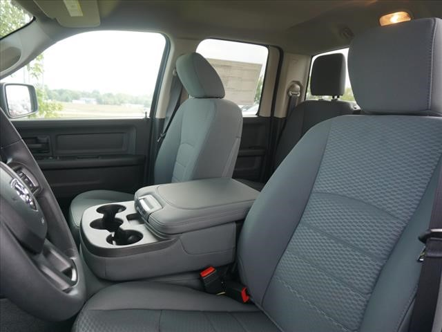 2019 Ram 1500 Quad Cab 4x4,  Pickup #KS517810 - photo 9