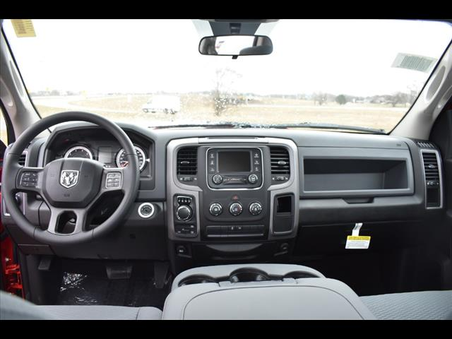 2019 Ram 1500 Quad Cab 4x4,  Pickup #KS531235 - photo 4