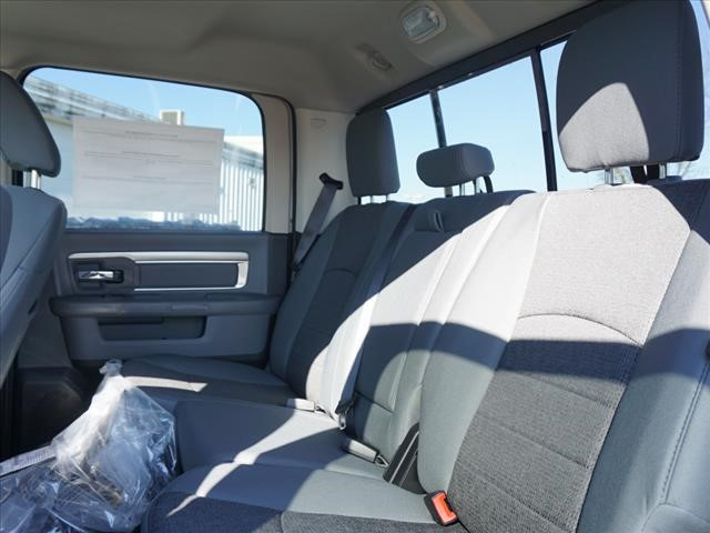 2019 Ram 1500 Crew Cab 4x4,  Pickup #KS560521 - photo 10