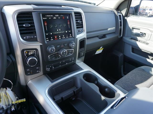 2019 Ram 1500 Crew Cab 4x4,  Pickup #KS560521 - photo 8