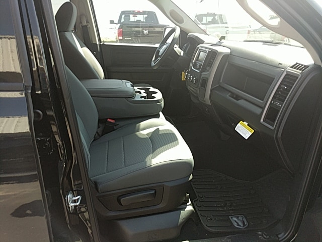 2018 Ram 1500 Crew Cab 4x4,  Pickup #265427 - photo 17