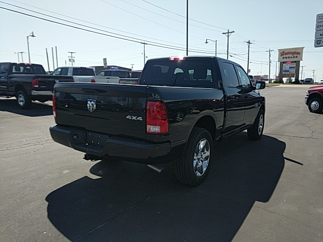 2018 Ram 1500 Crew Cab 4x4,  Pickup #265427 - photo 6