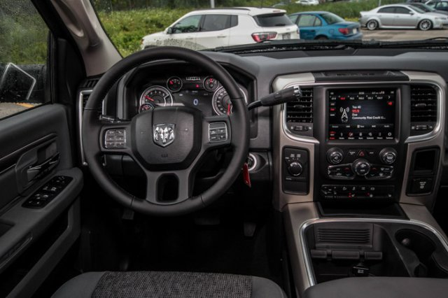2018 Ram 2500 Crew Cab 4x4,  Pickup #J939 - photo 11