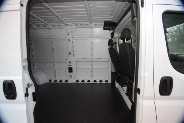 2019 ProMaster 2500 High Roof FWD,  Empty Cargo Van #K280 - photo 18