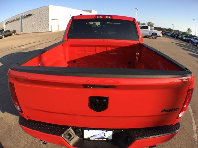 2019 Ram 1500 Crew Cab 4x4,  Pickup #19124 - photo 19