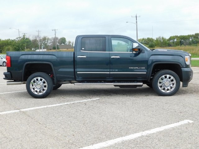 2019 Sierra 2500 Crew Cab 4x4,  Pickup #GT02900 - photo 3