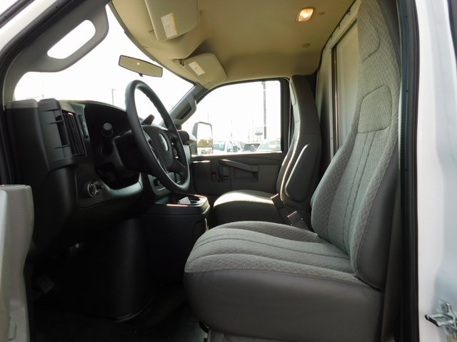 2018 Savana 3500 4x2,  Bay Bridge Cutaway Van #GT02937 - photo 9