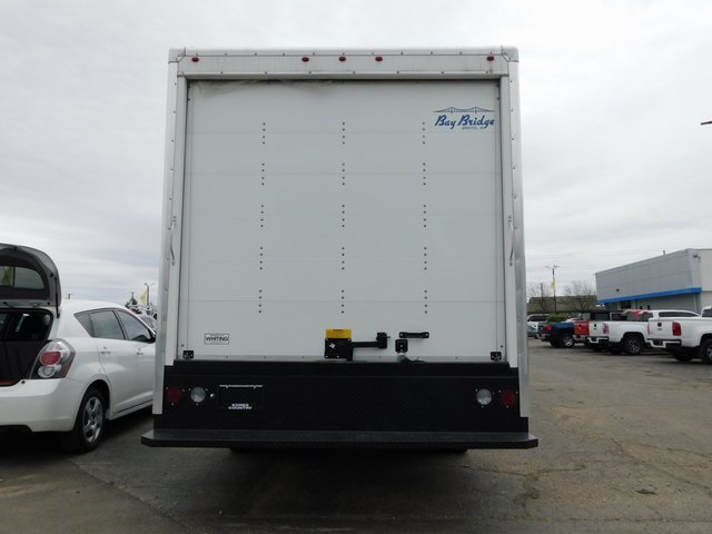 2018 Savana 3500 4x2,  Bay Bridge Cutaway Van #GT02937 - photo 6