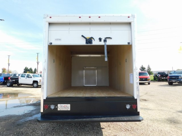 2018 Savana 3500 4x2,  Bay Bridge Cutaway Van #GT02937 - photo 8