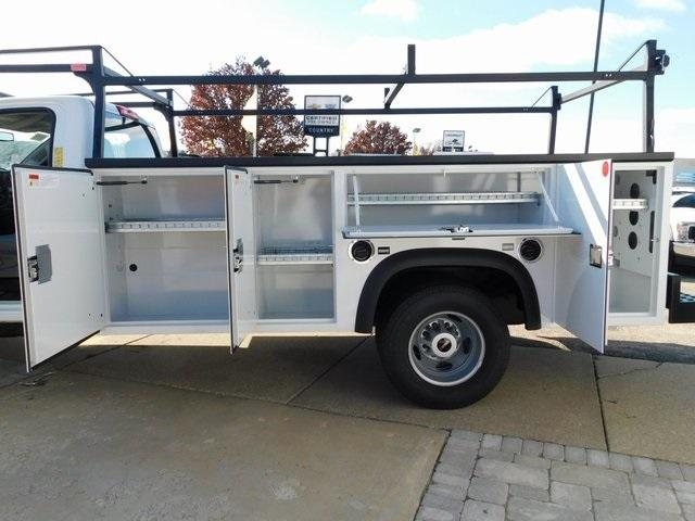 2019 Sierra 3500 Regular Cab DRW 4x4,  Monroe Service Body #GT02954 - photo 11