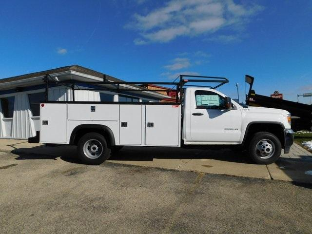 2019 Sierra 3500 Regular Cab DRW 4x4,  Monroe Service Body #GT02954 - photo 3