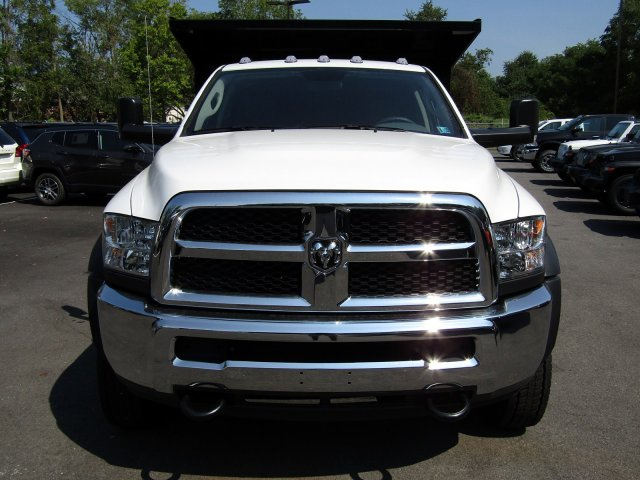 2018 Ram 5500 Crew Cab DRW 4x4,  Freedom Landscape Dump #723343 - photo 3