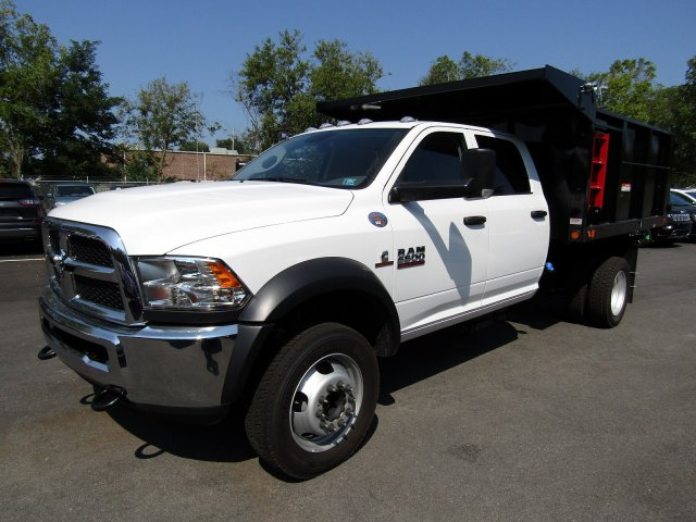 2018 Ram 5500 Crew Cab DRW 4x4,  Freedom Landscape Dump #723343 - photo 4
