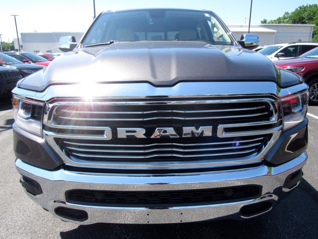 2019 Ram 1500 Crew Cab 4x4,  Pickup #723479 - photo 3