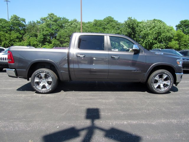 2019 Ram 1500 Crew Cab 4x4,  Pickup #723479 - photo 7