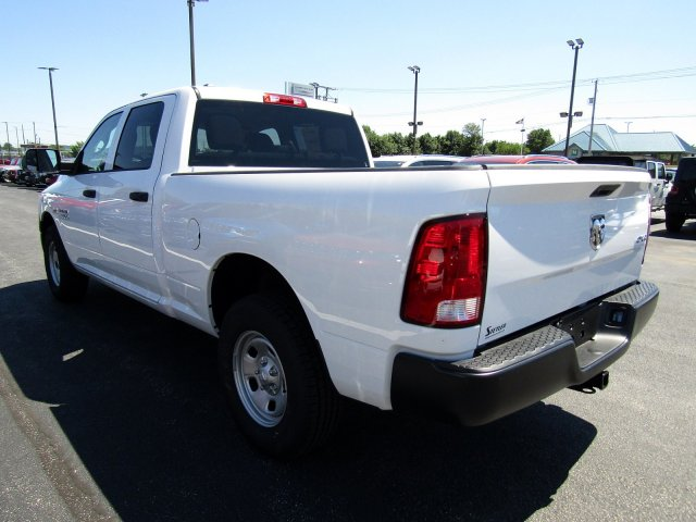 2018 Ram 1500 Crew Cab 4x4,  Pickup #723480 - photo 5