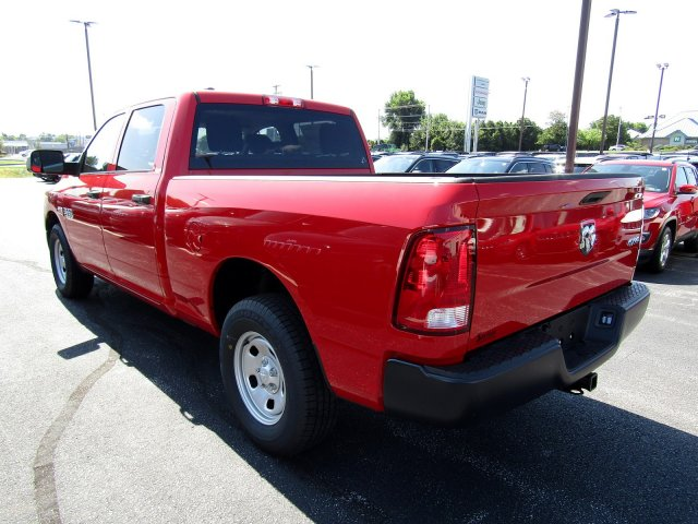 2018 Ram 1500 Crew Cab 4x4,  Pickup #723926 - photo 5