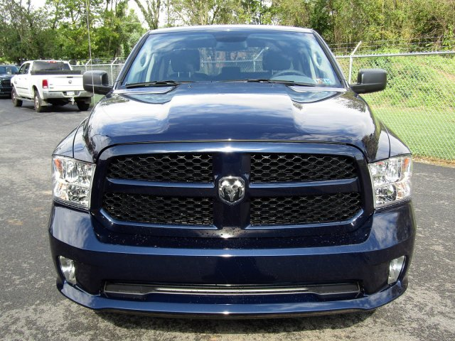 2019 Ram 1500 Quad Cab 4x4,  Pickup #724244 - photo 3