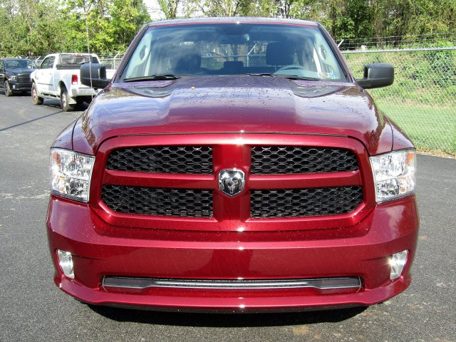 2019 Ram 1500 Quad Cab 4x4,  Pickup #724245 - photo 3
