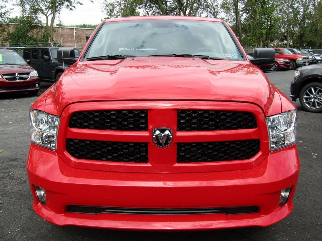 2019 Ram 1500 Quad Cab 4x4,  Pickup #724248 - photo 3