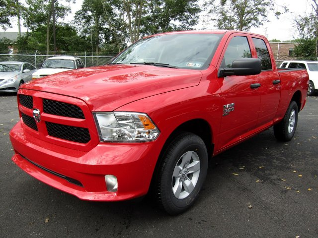 2019 Ram 1500 Quad Cab 4x4,  Pickup #724248 - photo 4