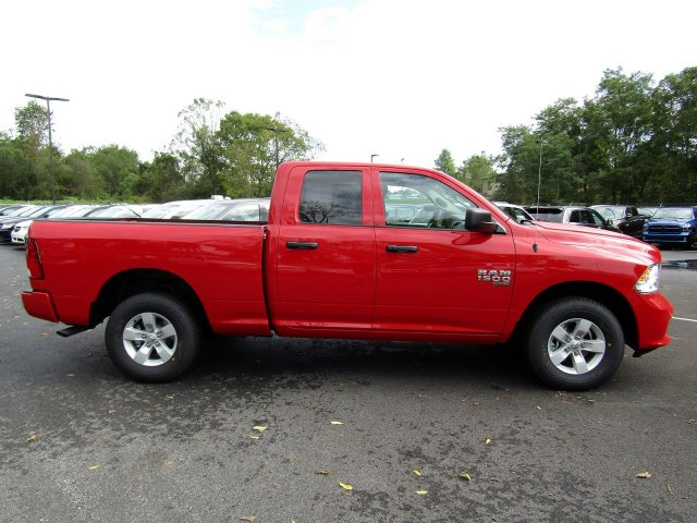 2019 Ram 1500 Quad Cab 4x4,  Pickup #724248 - photo 7