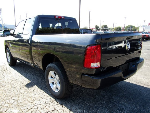 2019 Ram 1500 Quad Cab 4x4,  Pickup #724360 - photo 5